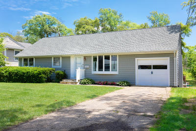 Point Pleasant Single Family Home For Sale: 1610 Dorset Dock Road