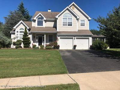 Lakewood NJ Single Family Home For Sale: $395,000