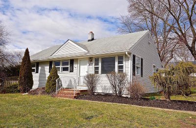 Neptune Township Single Family Home For Sale: 307 Cliffwood Drive