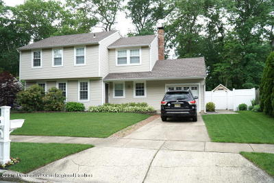 Toms River Single Family Home For Sale: 644 Weston Drive