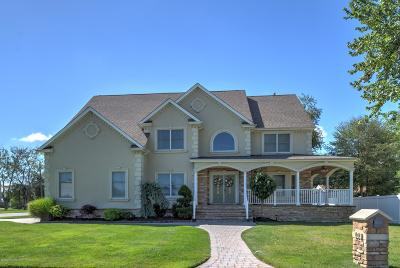 Ocean County Single Family Home For Sale: 103 Tiller Drive