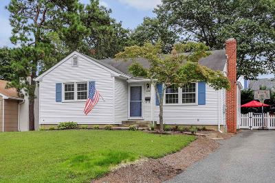 Monmouth County Single Family Home For Sale: 108 Lenape Trail