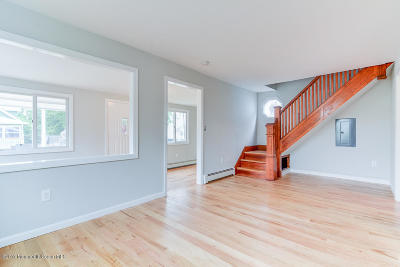 Beachwood Single Family Home For Sale: 117 Neptune Avenue
