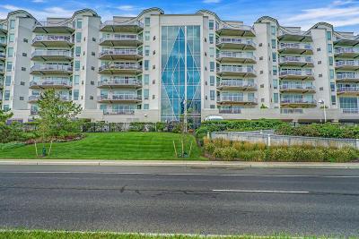 Condo/Townhouse For Sale: 432 Ocean Boulevard #104