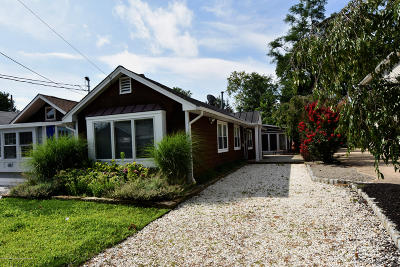 Spring Lake Single Family Home For Sale: 609 Central Avenue