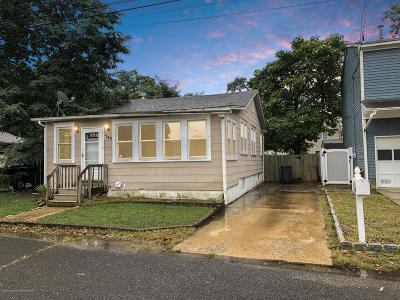 Brick Single Family Home For Sale: 787 Downey Avenue