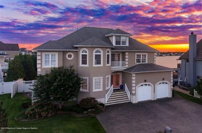 Toms River Single Family Home For Sale: 3502 Churchill Drive