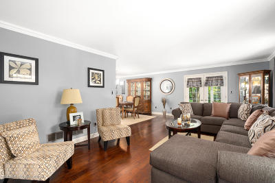 Ocean County, Monmouth County Single Family Home For Sale: 121 Arneytown Hornerstown Road