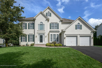 Holmdel NJ Single Family Home For Sale: $929,000