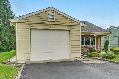 Leisure Knoll Adult Community Under Contract: 7 Red Hill Road