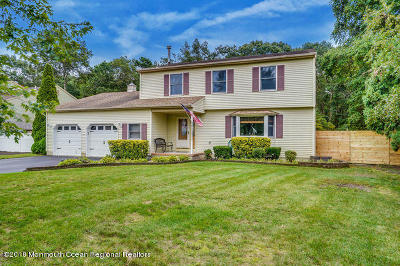 Brick Single Family Home For Sale: 635 Preston Street
