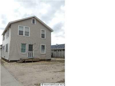 Point Pleasant Beach Multi Family Home For Sale: 4 Harvard Avenue