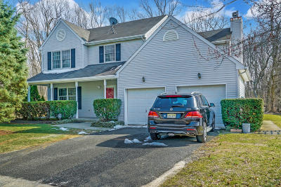 Eatontown Single Family Home Under Contract: 82 Parker Road