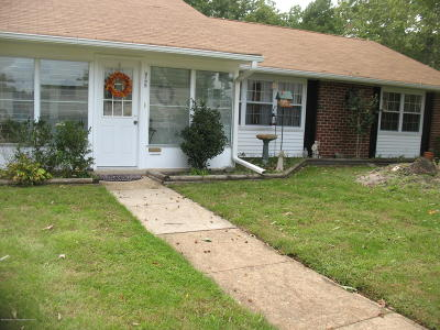 Leisure Vlg E Adult Community For Sale: 978 B Aberdeen Drive