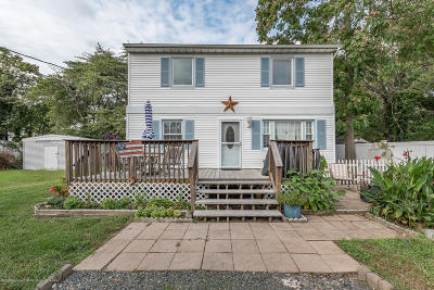 Toms River Single Family Home For Sale: 623 McKinley Avenue