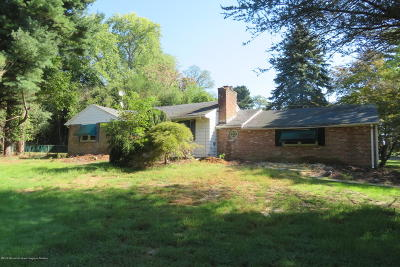 Middletown Single Family Home Under Contract: 2000 Middletown Lincroft Road