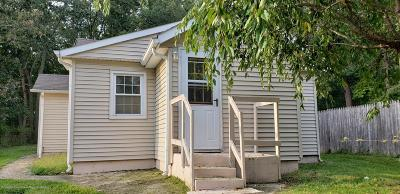 Howell Single Family Home For Sale: 32 Pearl Drive