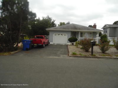 Toms River Single Family Home Under Contract: 189 Pinewood Road