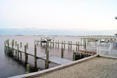 Toms River Single Family Home For Sale: 3313 Long Point Drive