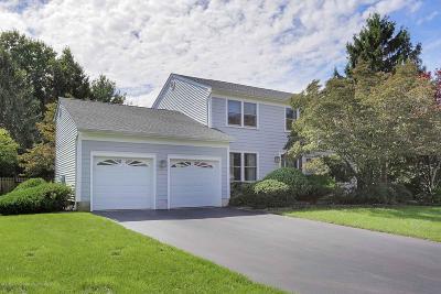 Holmdel NJ Single Family Home For Sale: $719,000