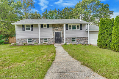 Howell Single Family Home Under Contract: 15 Arlington Drive