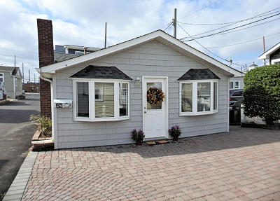 Lavallette Single Family Home For Sale: 24 E Chadwick Way