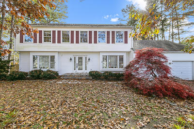 Toms River Single Family Home For Sale: 204 Jumping Brook Drive