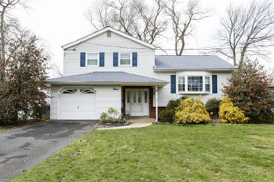 Middletown Single Family Home For Sale: 3 Tanglewood Road