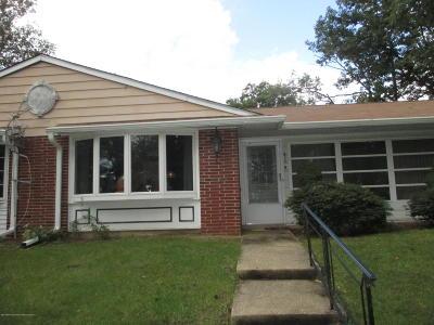 Leisure Village Adult Community For Sale: 627d Huntington Drive #100D