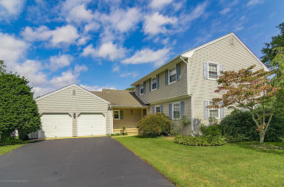 Toms River Single Family Home For Sale: 884 Westminster Drive