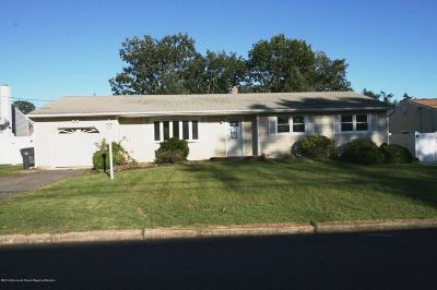 Brick Single Family Home For Sale: 311 Evergreen Drive