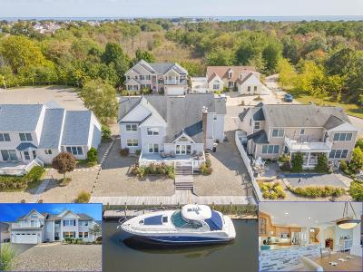 Single Family Home Under Contract: 403 Hidden Harbor Place