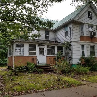Lakewood Multi Family Home For Sale: 422 6th Street