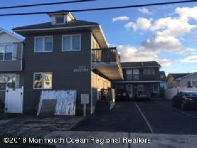 Seaside Heights Single Family Home For Sale: 223 Webster Avenue #B7