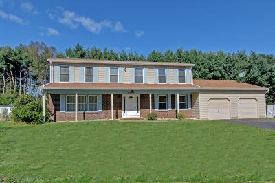 Freehold NJ Single Family Home For Sale: $524,900