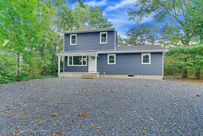 Brick Single Family Home For Sale: 241 Essex Court