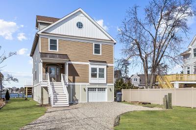 Brick Single Family Home For Sale: 750 Princeton Avenue