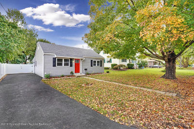 Freehold NJ Single Family Home For Sale: $339,000