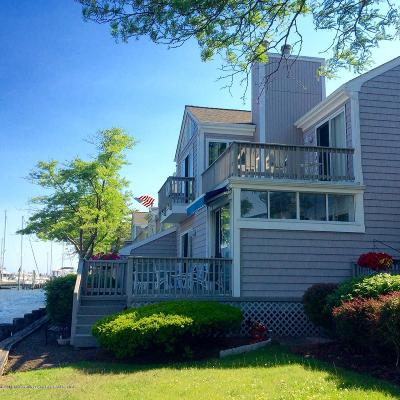 Point Pleasant Condo/Townhouse For Sale: 60 Bay Point Harbour