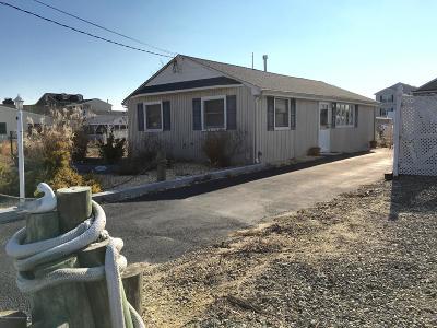Bayville, Berkeley Single Family Home For Sale: 220 Butler Boulevard