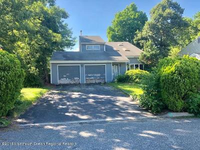 Brick Single Family Home For Sale: 70 Bonair Drive
