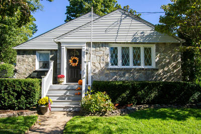 Red Bank Single Family Home For Sale: 79 Lake Shore Drive