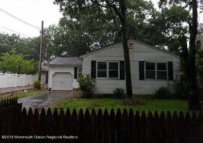 Point Pleasant Single Family Home Under Contract: 2411 Oak Street