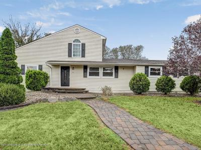 Monmouth County Single Family Home For Sale: 44 Roberta Drive