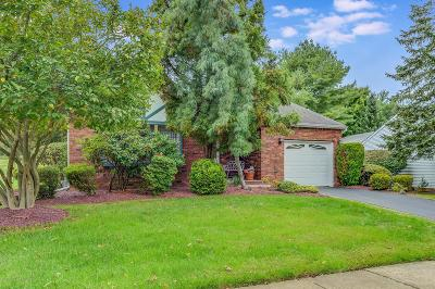 Monmouth County Adult Community Under Contract: 11 Lakeview Drive