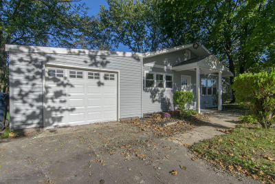 Neptune Township Single Family Home For Sale: 307 Deal Avenue