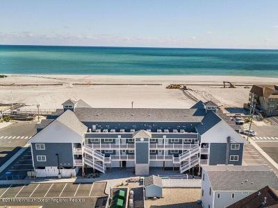 Seaside Heights Condo/Townhouse For Sale: 1935 Ocean Avenue #8B