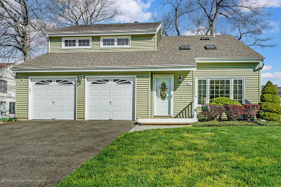 Toms River Single Family Home For Sale: 147 Huddy Drive
