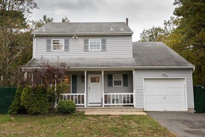 Lakewood Single Family Home For Sale: 600 Albert Avenue