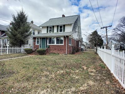 Red Bank Single Family Home For Sale: 208 E Bergen Place